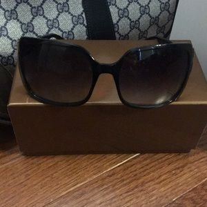 Gucci Sunglasses Excellent Used Condition